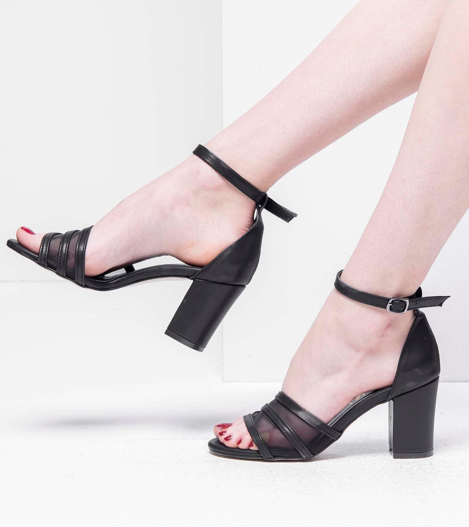 Laura Arkası Kapalı Transparan Cilt Ayakkabı Siyah