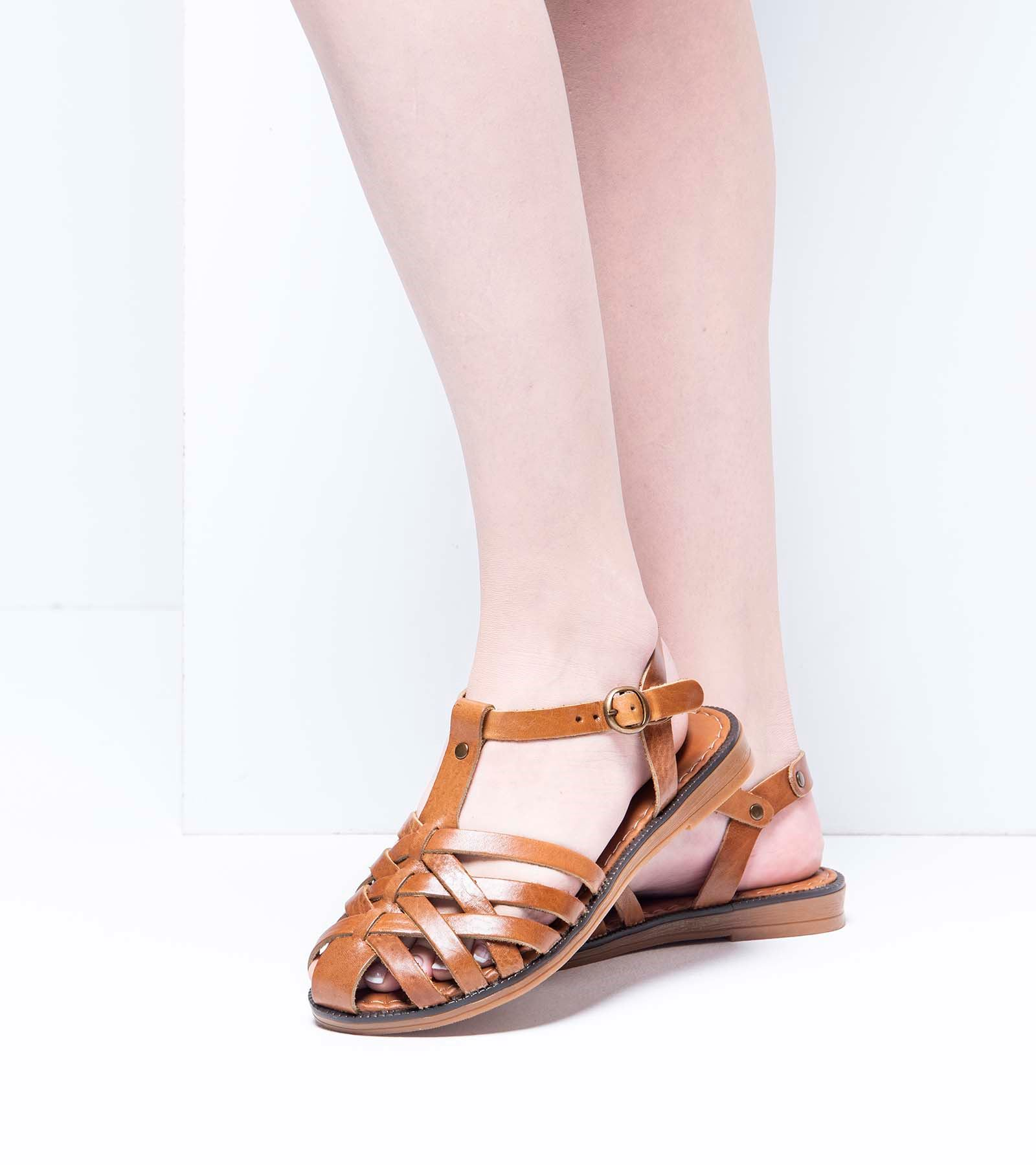 Flora  Deri Sandalet Taba