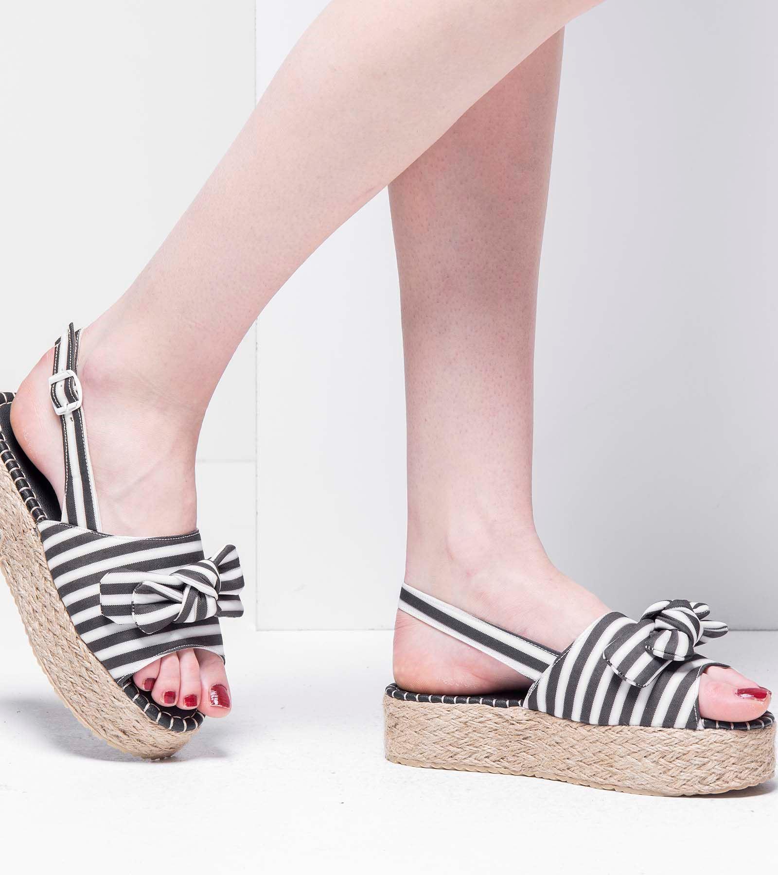 Sandy  Kalın Taban Sandalet Siyah