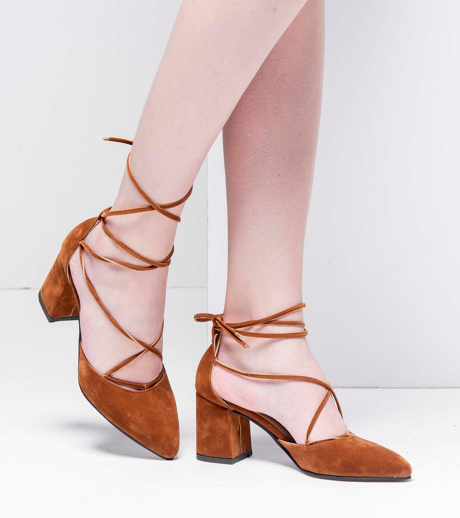 Lucy Topuklu Bağcıklı Süet Ayakkabı Taba