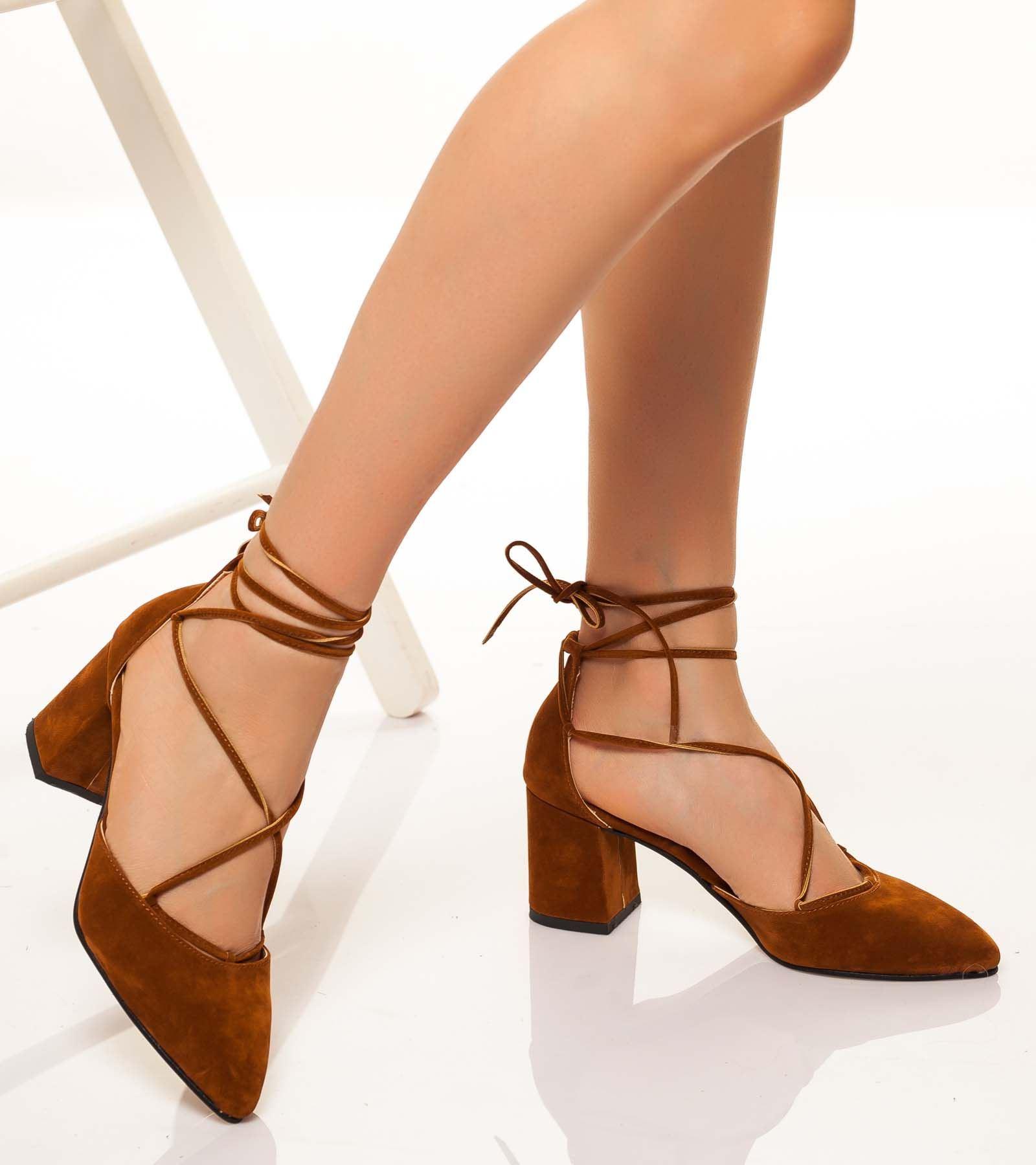 Lucy Topuklu Bağcıklı Süet Ayakkabı Kahve