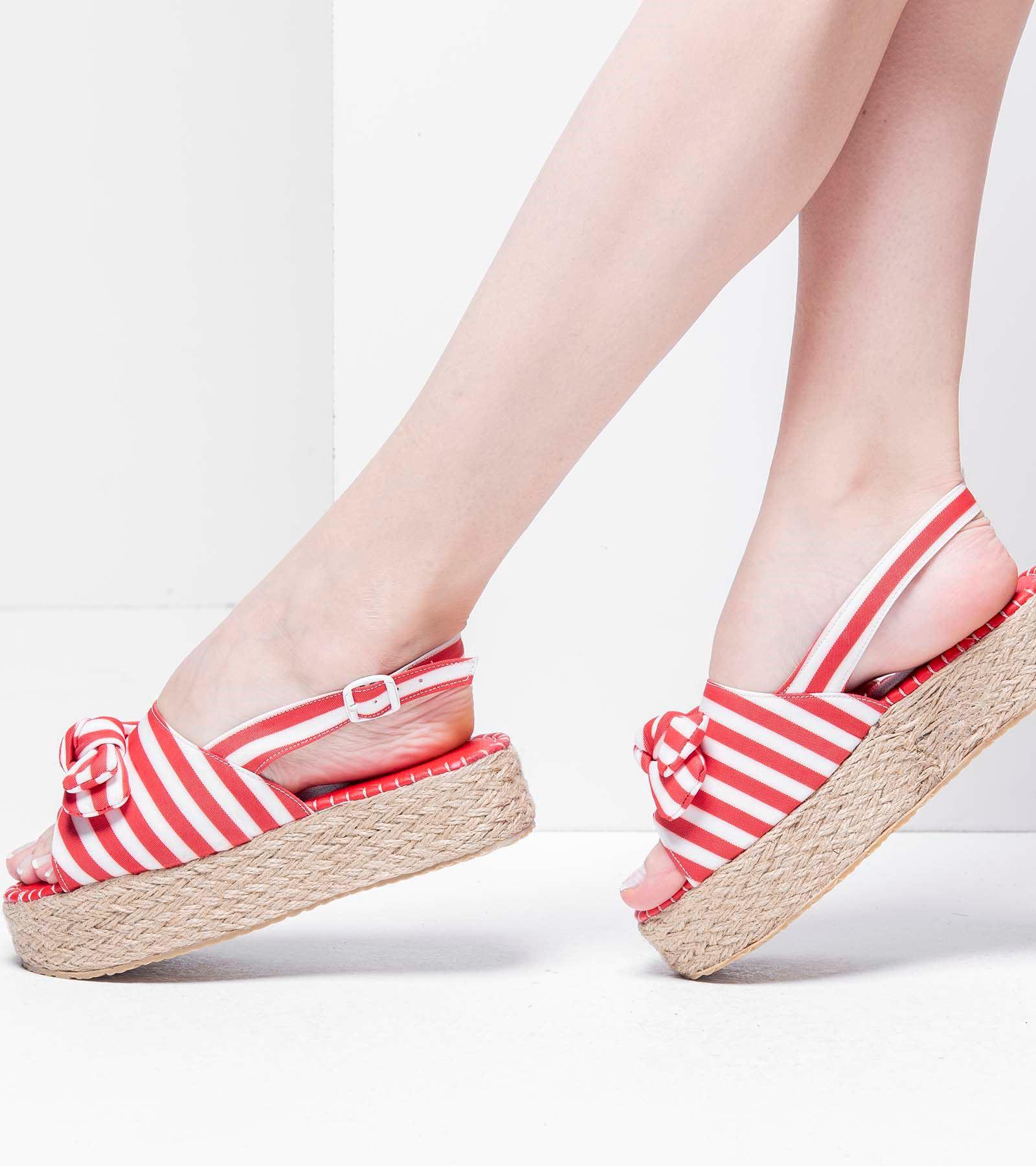 Sandy  Kalın Taban Sandalet Kırmızı