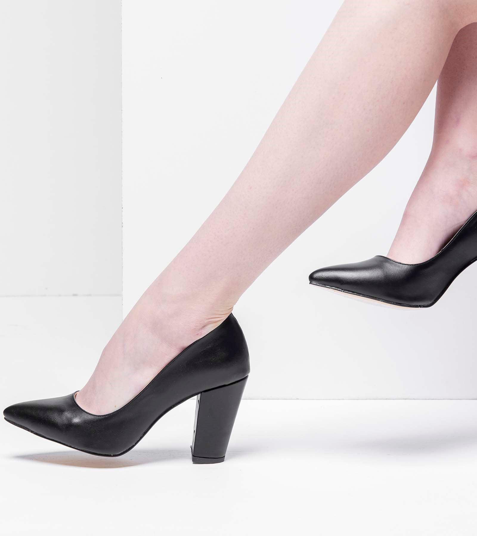 Leman Kalın Topuk Cilt Stiletto Siyah