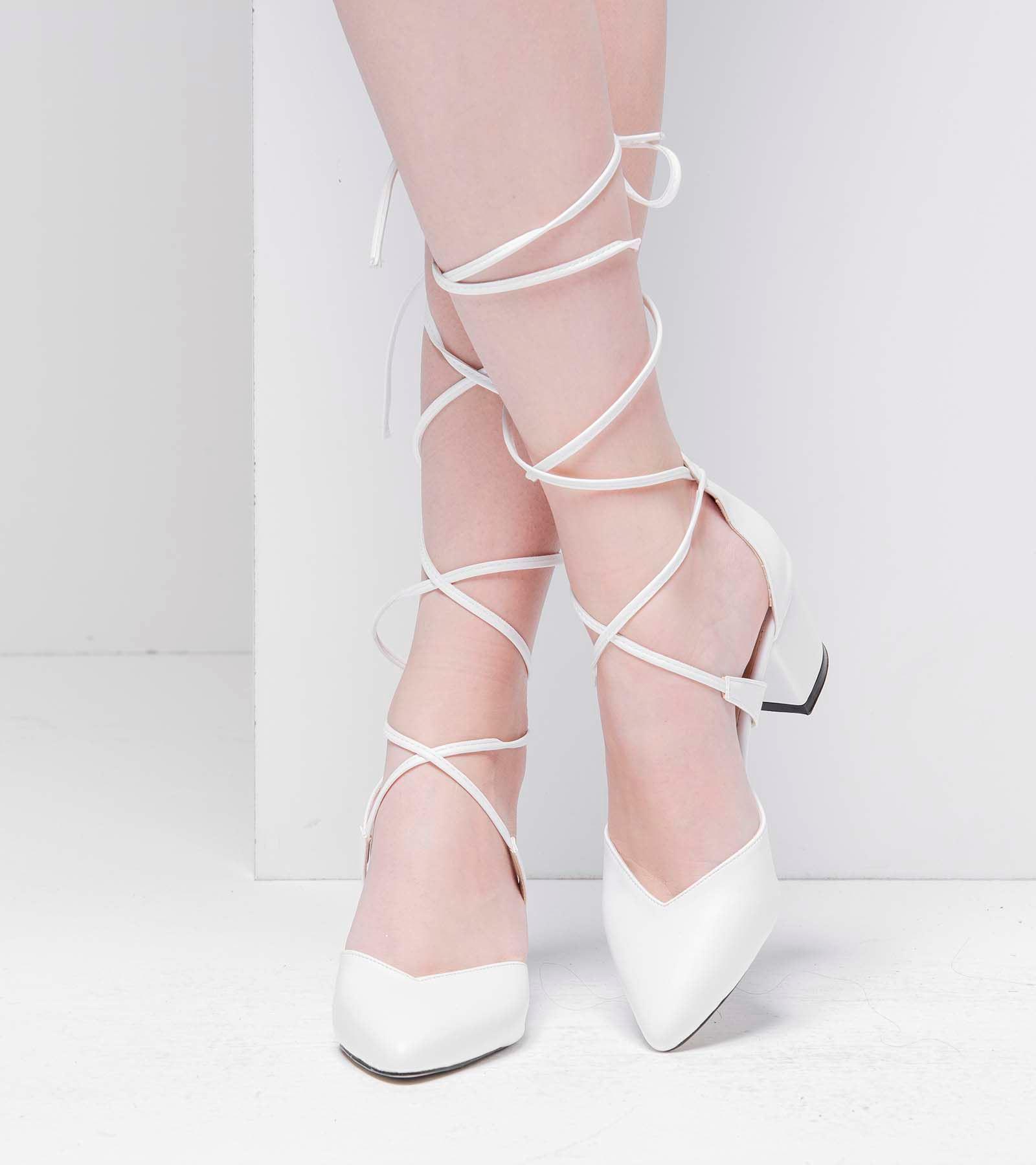 Beril Topuklu İpli Cilt Ayakkabı Beyaz