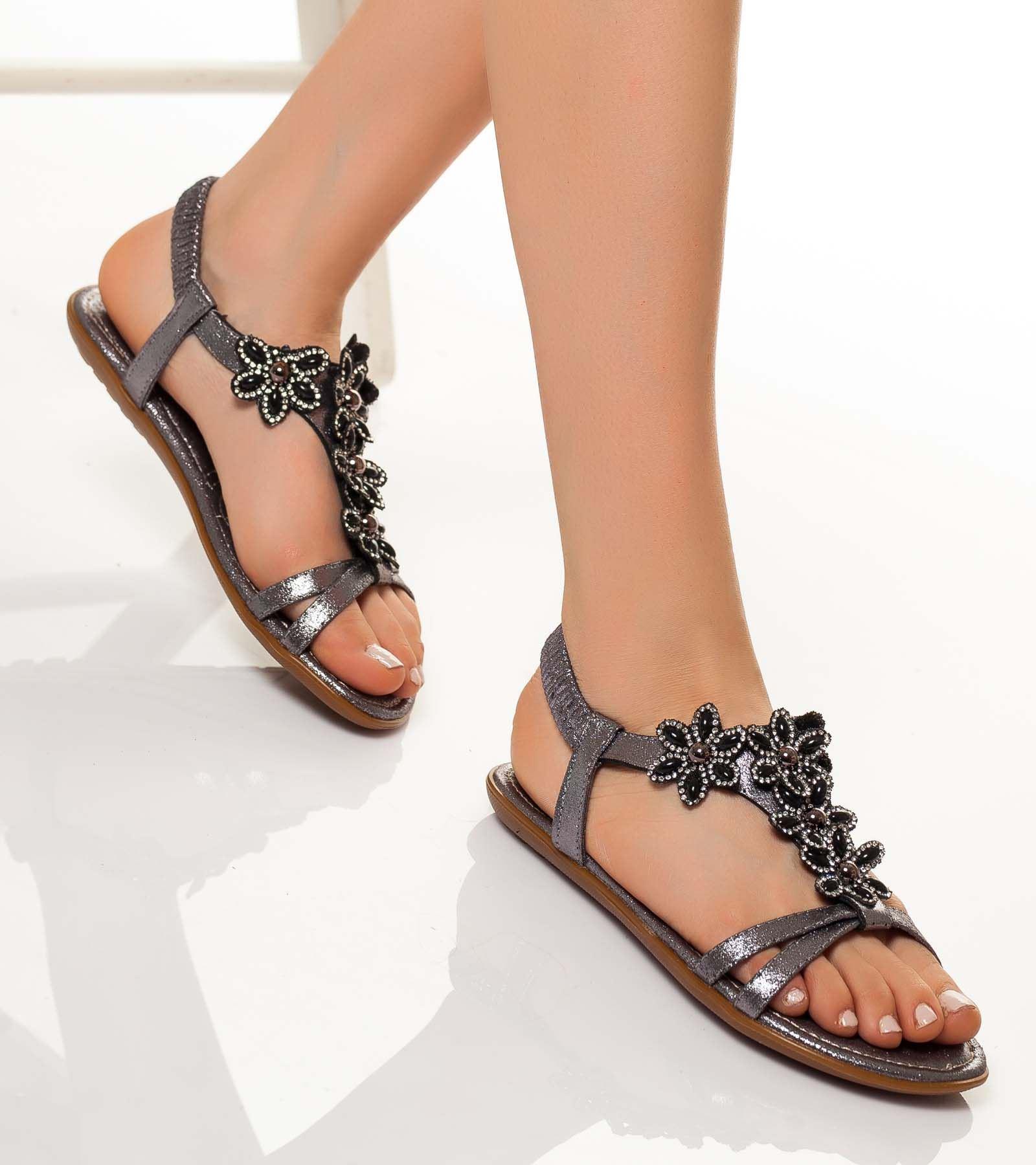 Diana Bilekten Bağlamalı Taşlı Sandalet Gri