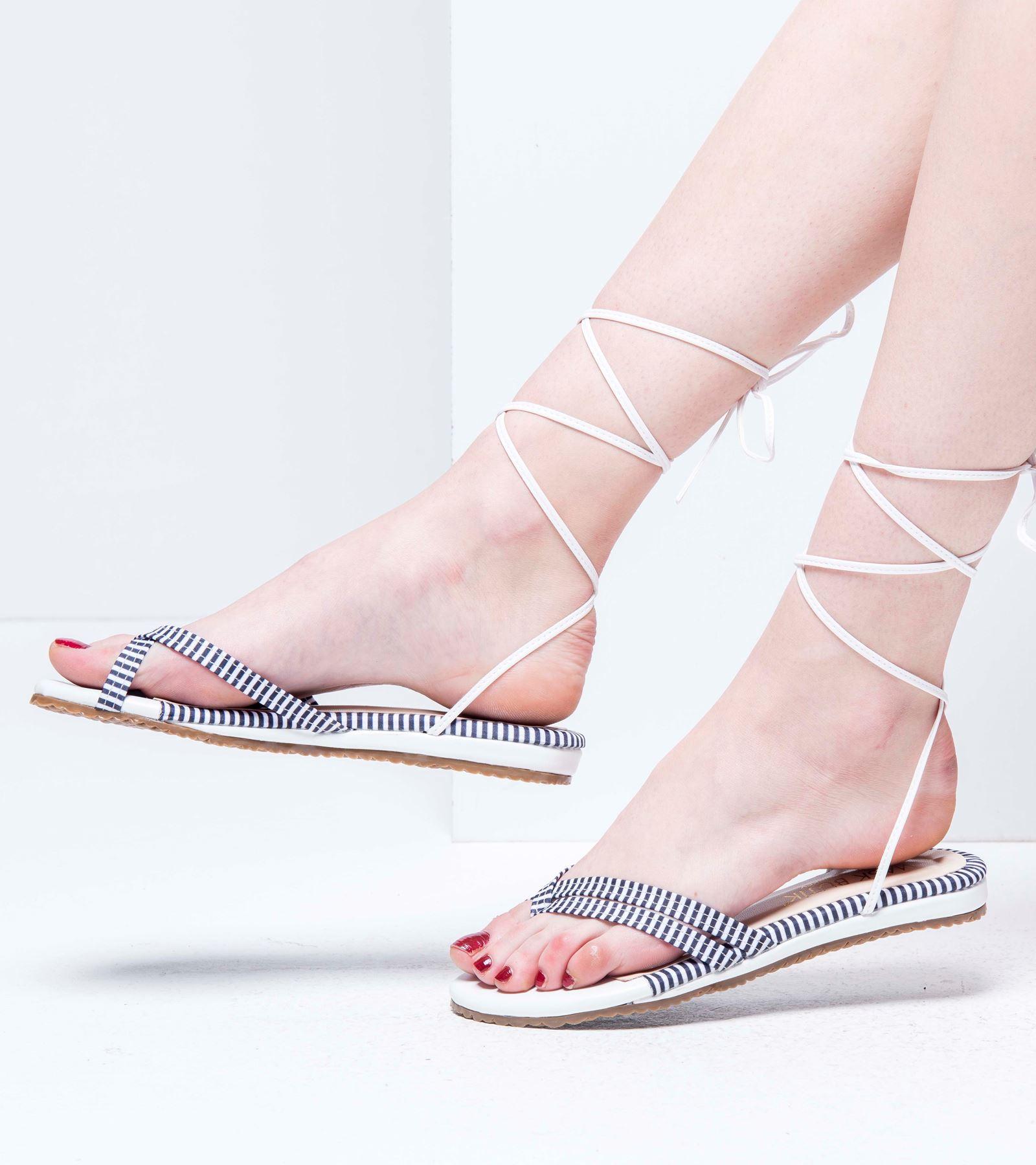 Bella Parmak Arası  Sandalet Beyaz