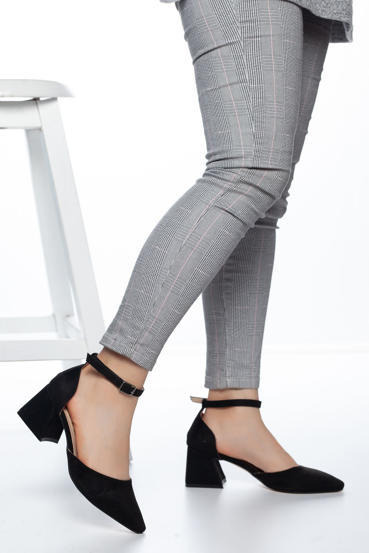 Nadia Topuklu Süet Ayakkabı Siyah