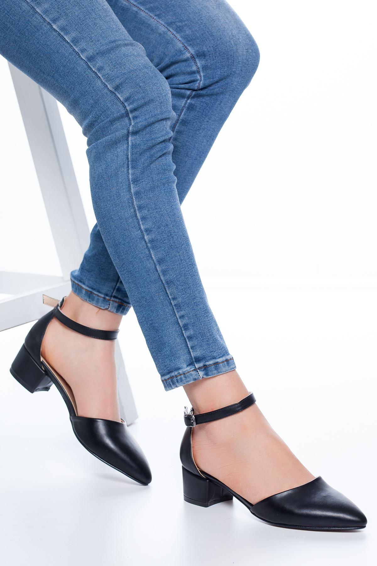 Dulgina Topuklu Cilt Ayakkabı Siyah