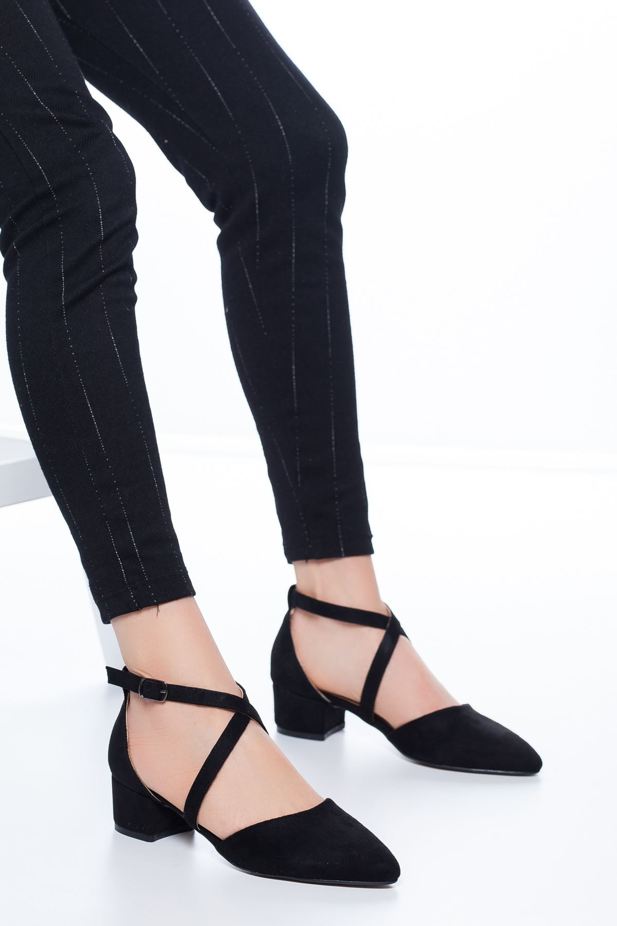 Lexon Topuklu Süet Ayakkabı Siyah