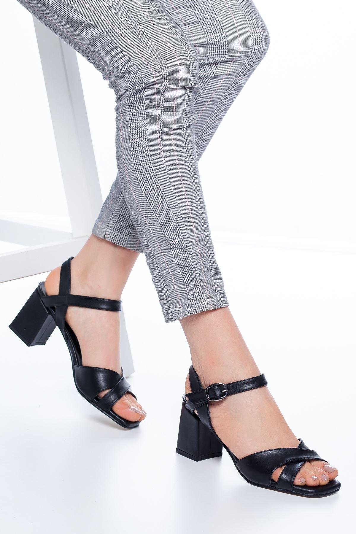 Samy Topuklu Cilt Ayakkabı Siyah
