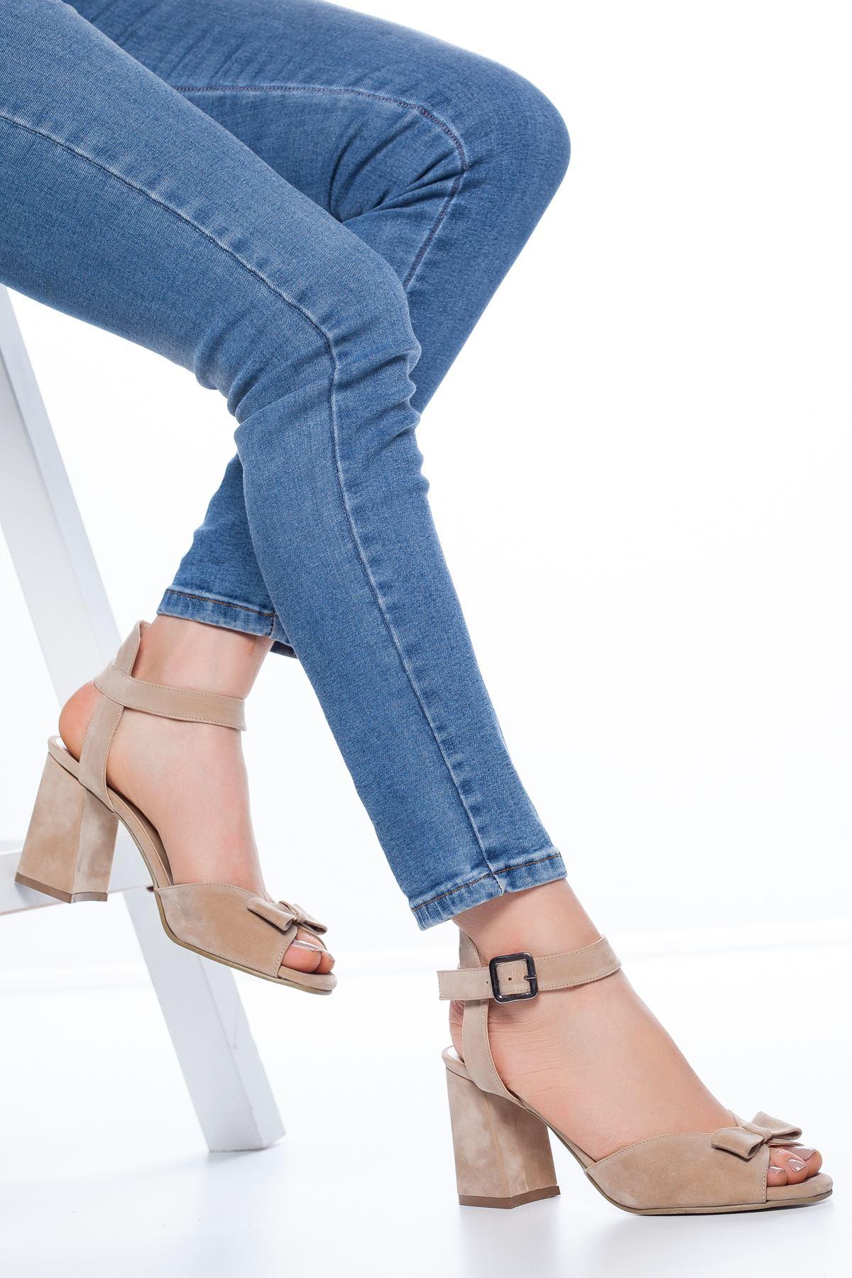 Deborah Topuklu Süet Ayakkabı Ten