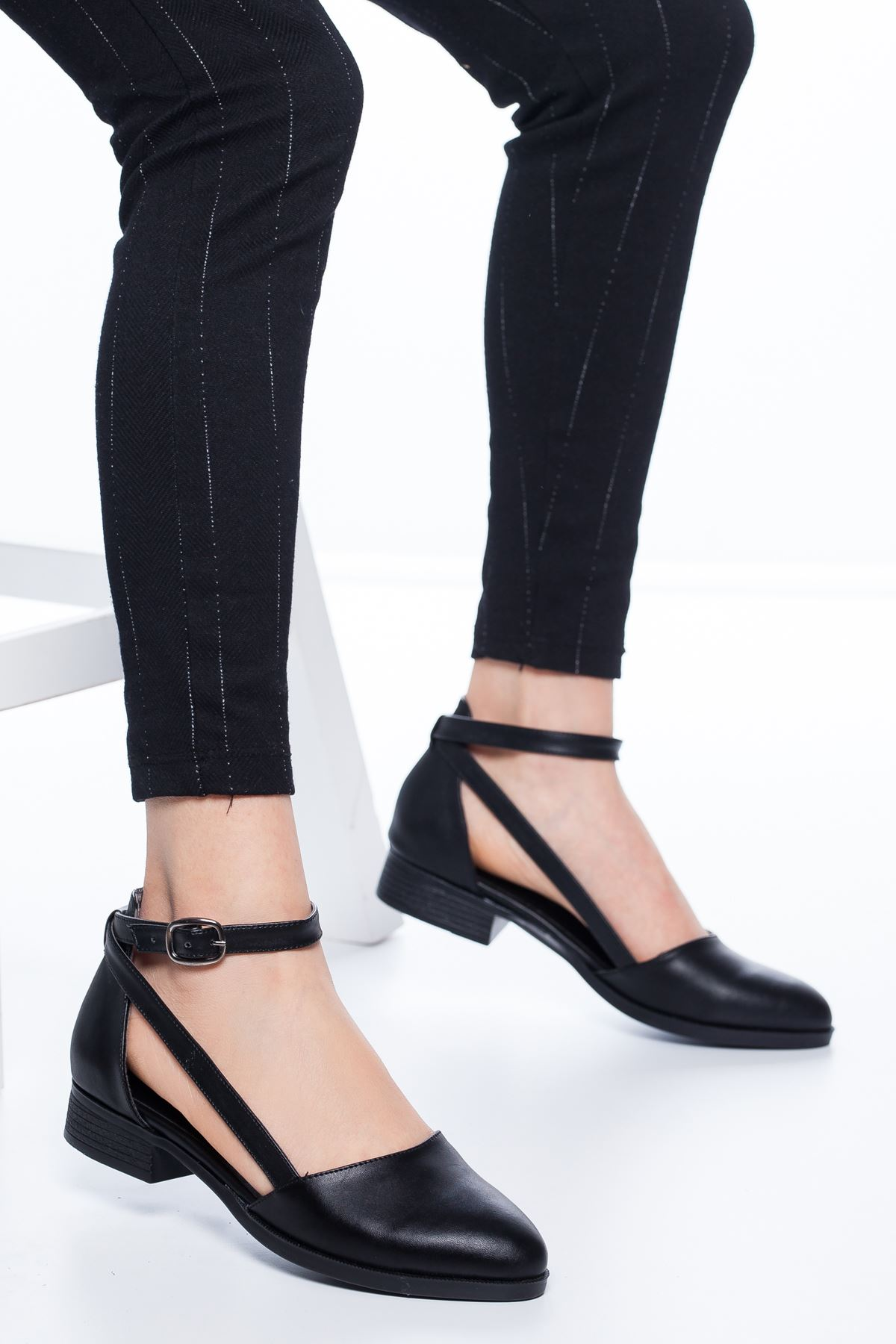 Rayna Kısa Topuk  Cilt Ayakkabı Siyah