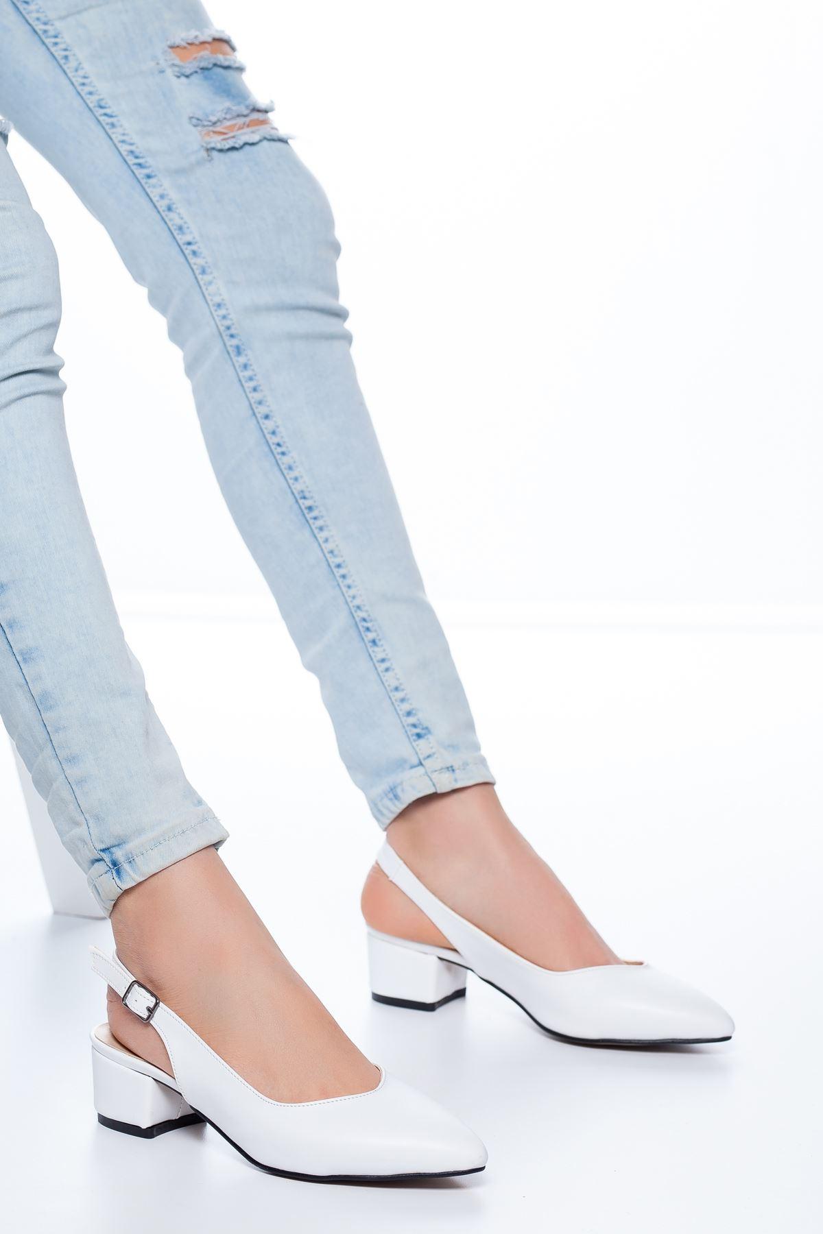 Adesa Topuklu Cilt Ayakkabı Beyaz