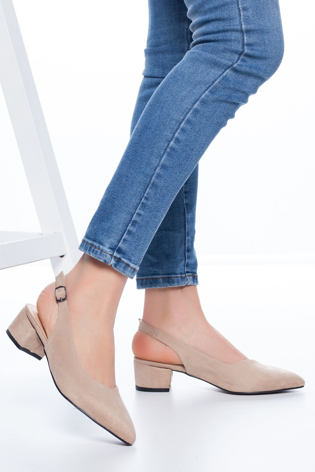 Adesa Topuklu Süet Ayakkabı Ten