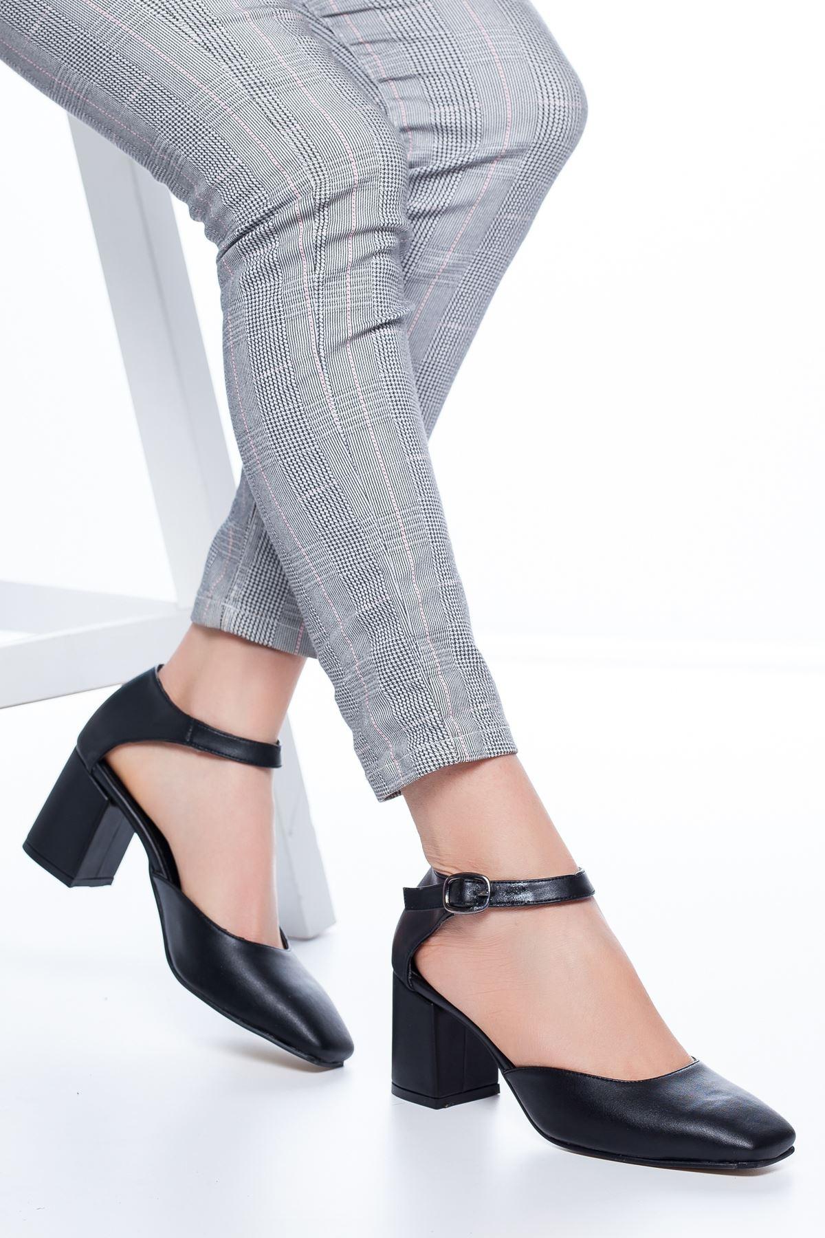 Dores Küt Burun Cilt Topuklu Ayakkabı Siyah