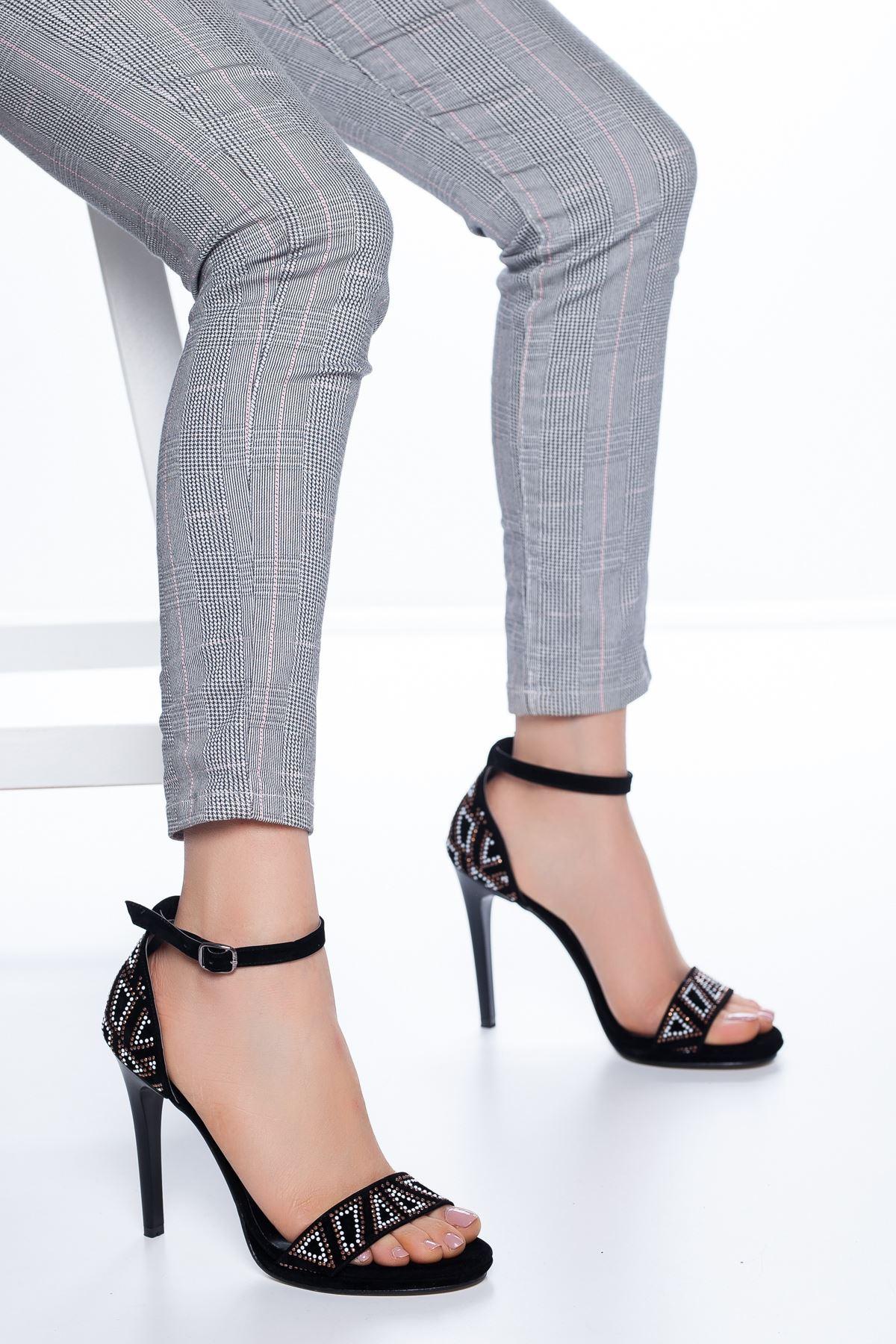 Fancy Taş İşlemeli Süet Topuklu Ayakkabı Siyah
