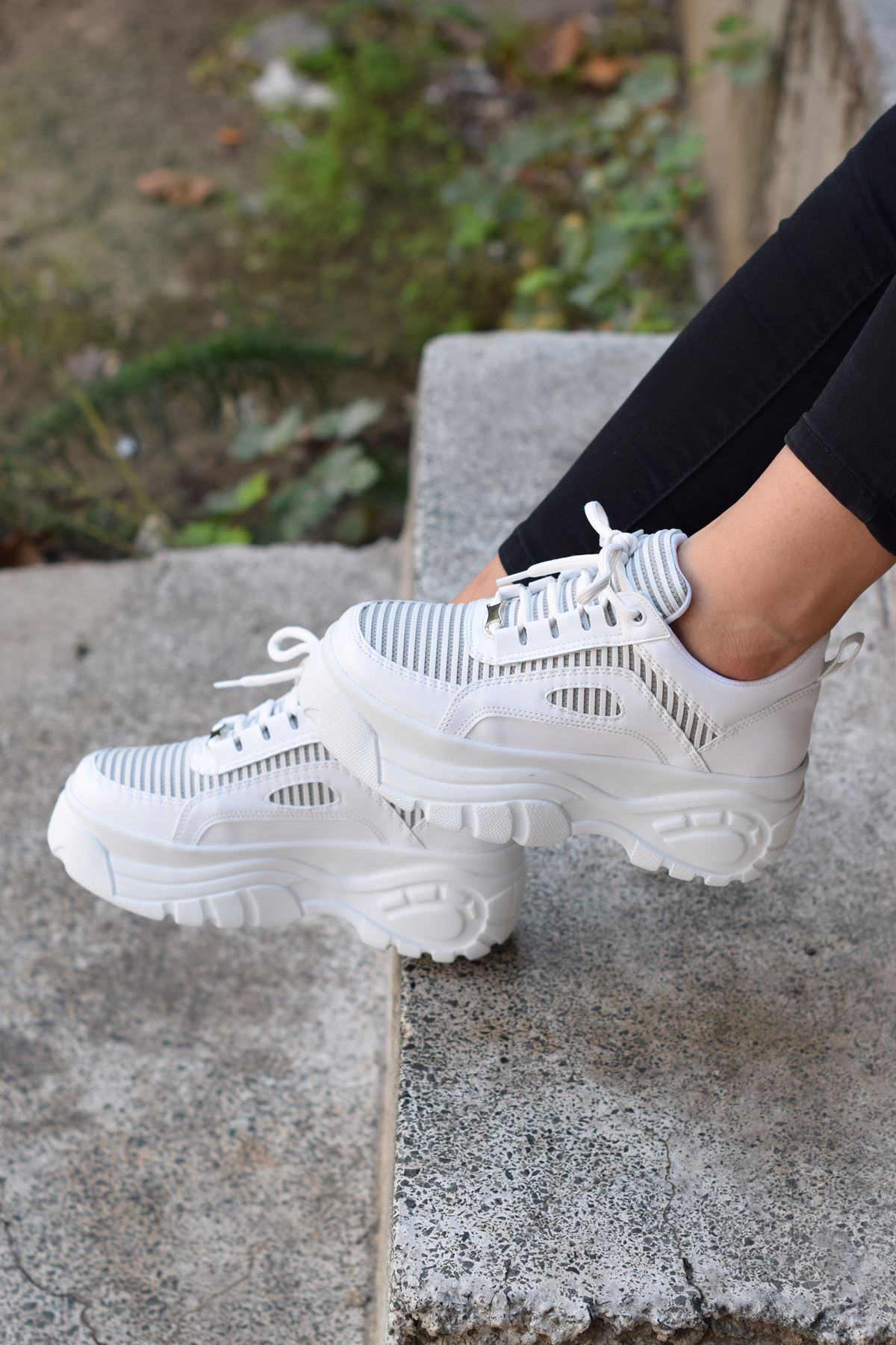 Arya Şerit File Detaylı Sneakers Beyaz