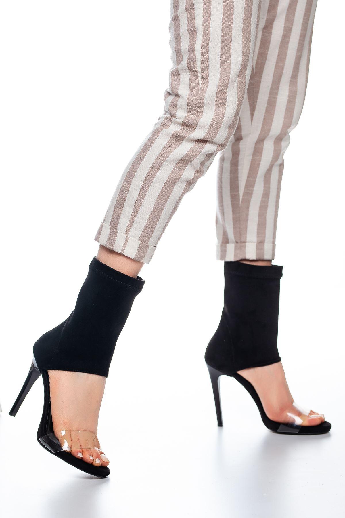Ony Bant Detaylı Süet Topuklu Ayakkabı Siyah