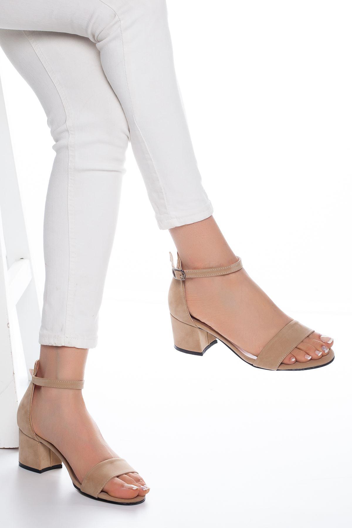 Lala Süet Topuklu Ayakkabı Ten