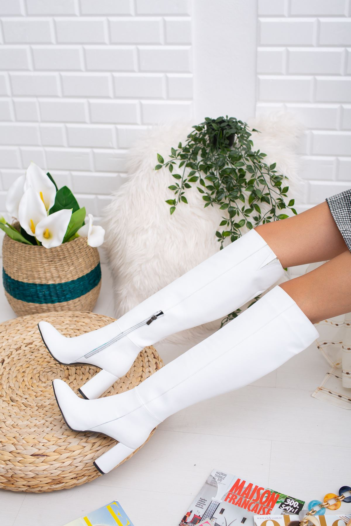 Vesa Deri Çizme Beyaz